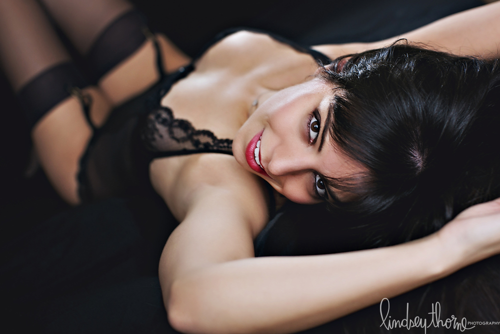 07_austin-boudoir-photographer_Black-lace-lingerie